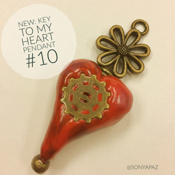pendant_key_heart_10